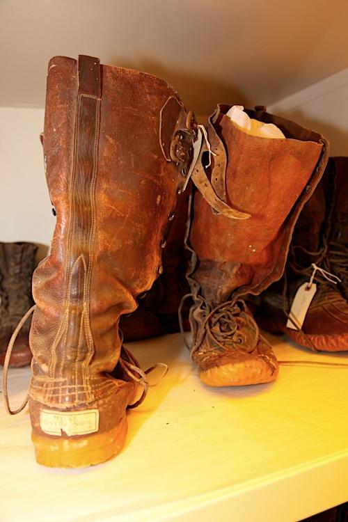 dagger-boot